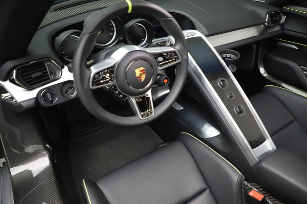 Used 2015 Porsche 918 Spyder for sale Sold at Alfa Romeo of Westport in Westport CT 06880 27