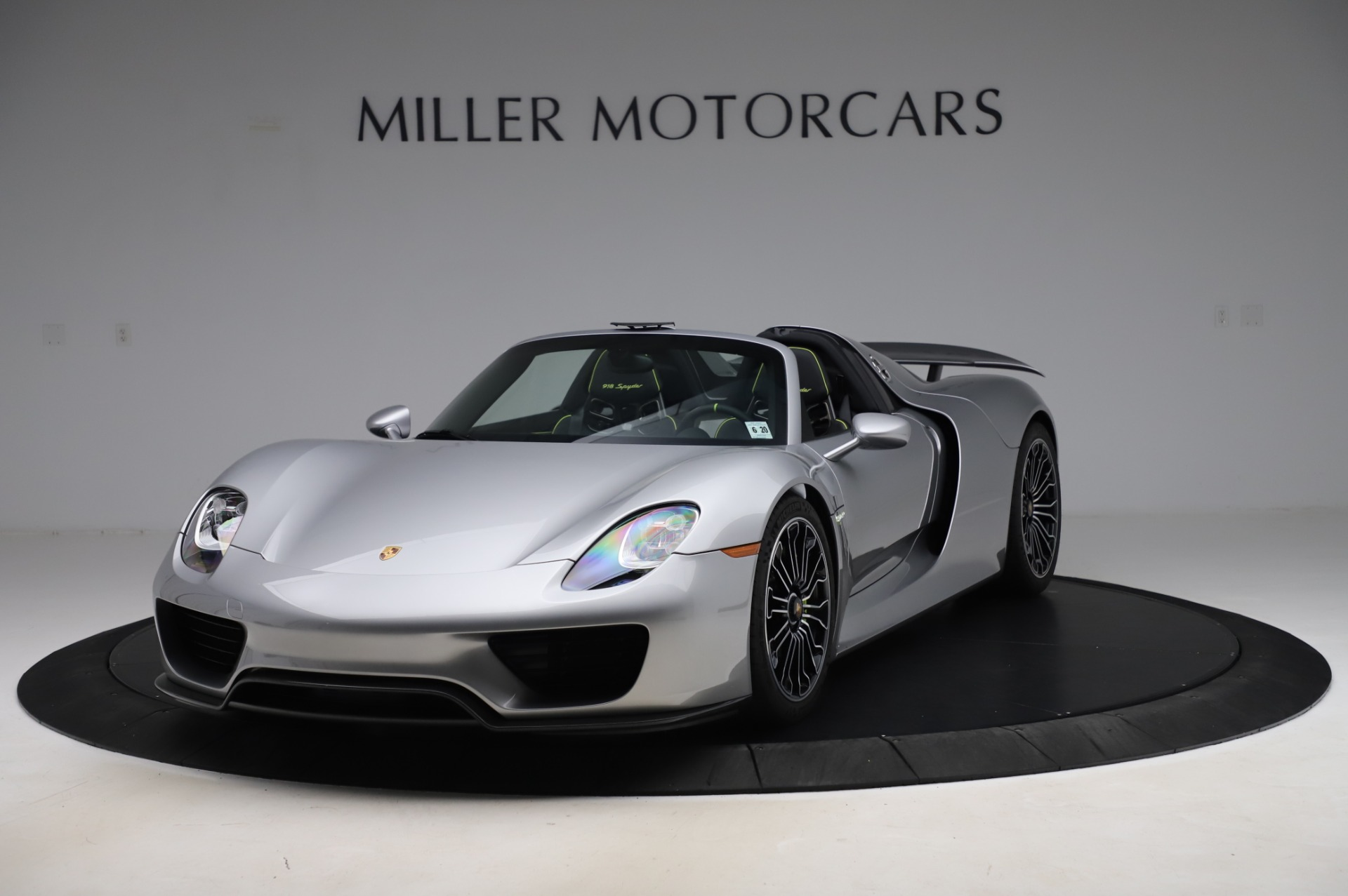Used 2015 Porsche 918 Spyder for sale Sold at Alfa Romeo of Westport in Westport CT 06880 1