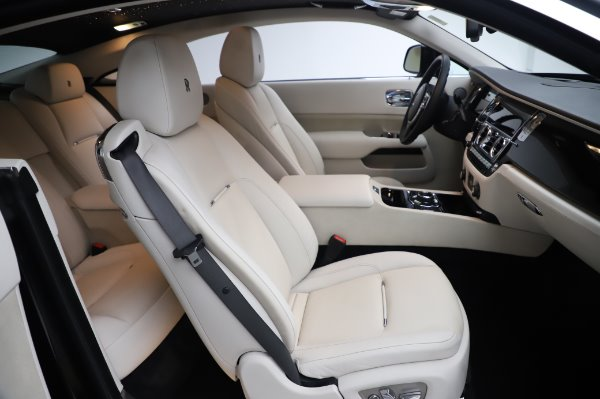 Used 2015 Rolls-Royce Wraith Base for sale $168,900 at Alfa Romeo of Westport in Westport CT 06880 16