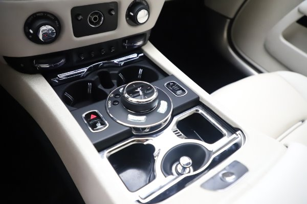 Used 2015 Rolls-Royce Wraith for sale Call for price at Alfa Romeo of Westport in Westport CT 06880 20