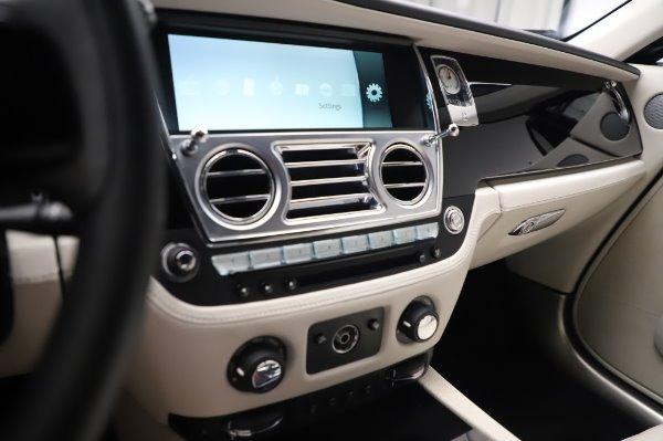 Used 2015 Rolls-Royce Wraith Base for sale $168,900 at Alfa Romeo of Westport in Westport CT 06880 21