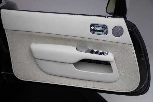 Used 2015 Rolls-Royce Wraith Base for sale $168,900 at Alfa Romeo of Westport in Westport CT 06880 26