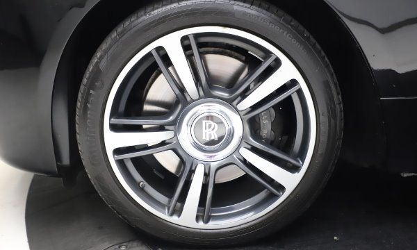 Used 2015 Rolls-Royce Wraith Base for sale $168,900 at Alfa Romeo of Westport in Westport CT 06880 27