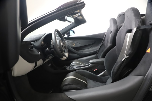 Used 2019 McLaren 570S Spider for sale Call for price at Alfa Romeo of Westport in Westport CT 06880 27