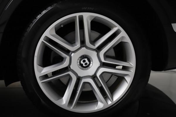 Used 2018 Bentley Bentayga Activity Edition for sale $155,900 at Alfa Romeo of Westport in Westport CT 06880 15