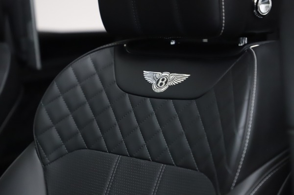Used 2018 Bentley Bentayga Activity Edition for sale $155,900 at Alfa Romeo of Westport in Westport CT 06880 21