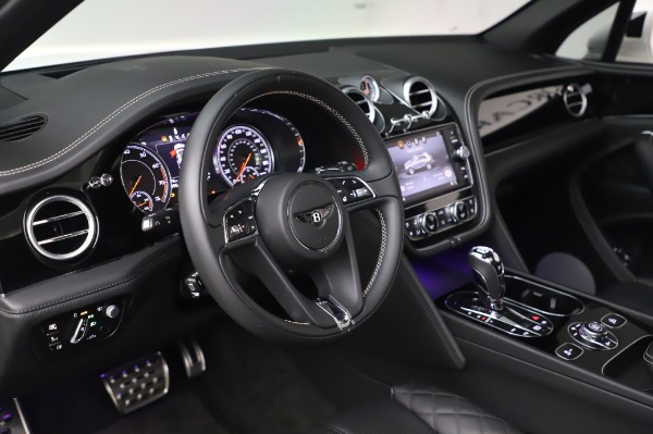 Used 2018 Bentley Bentayga Black Edition for sale Sold at Alfa Romeo of Westport in Westport CT 06880 23