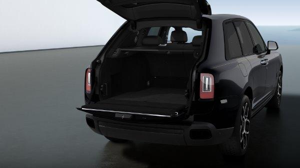 New 2021 Rolls-Royce Cullinan Black Badge for sale $439,700 at Alfa Romeo of Westport in Westport CT 06880 6