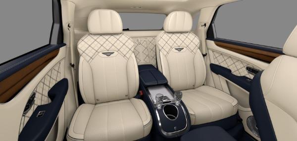 New 2021 Bentley Bentayga V8 First Edition for sale $263,250 at Alfa Romeo of Westport in Westport CT 06880 8