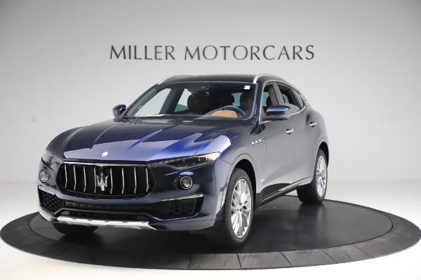 New 2020 Maserati Levante Q4 GranLusso for sale $88,635 at Alfa Romeo of Westport in Westport CT 06880 1