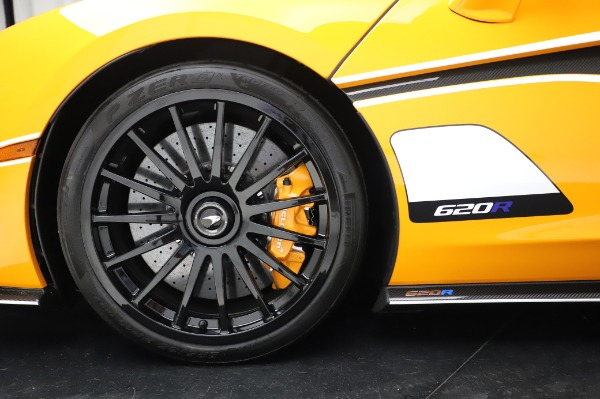New 2020 McLaren 620R Coupe for sale Call for price at Alfa Romeo of Westport in Westport CT 06880 18
