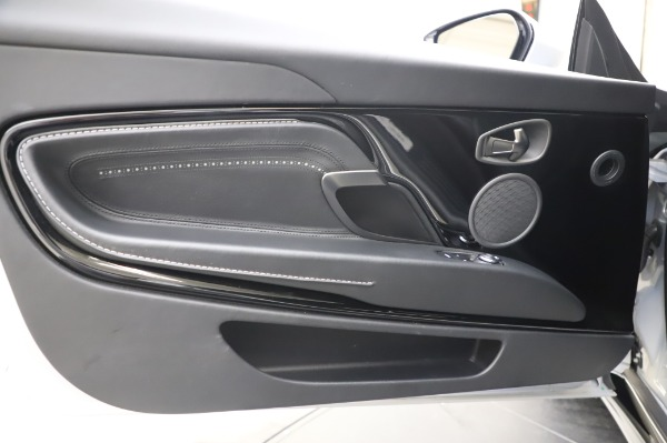 Used 2018 Aston Martin DB11 V8 Coupe for sale Sold at Alfa Romeo of Westport in Westport CT 06880 17