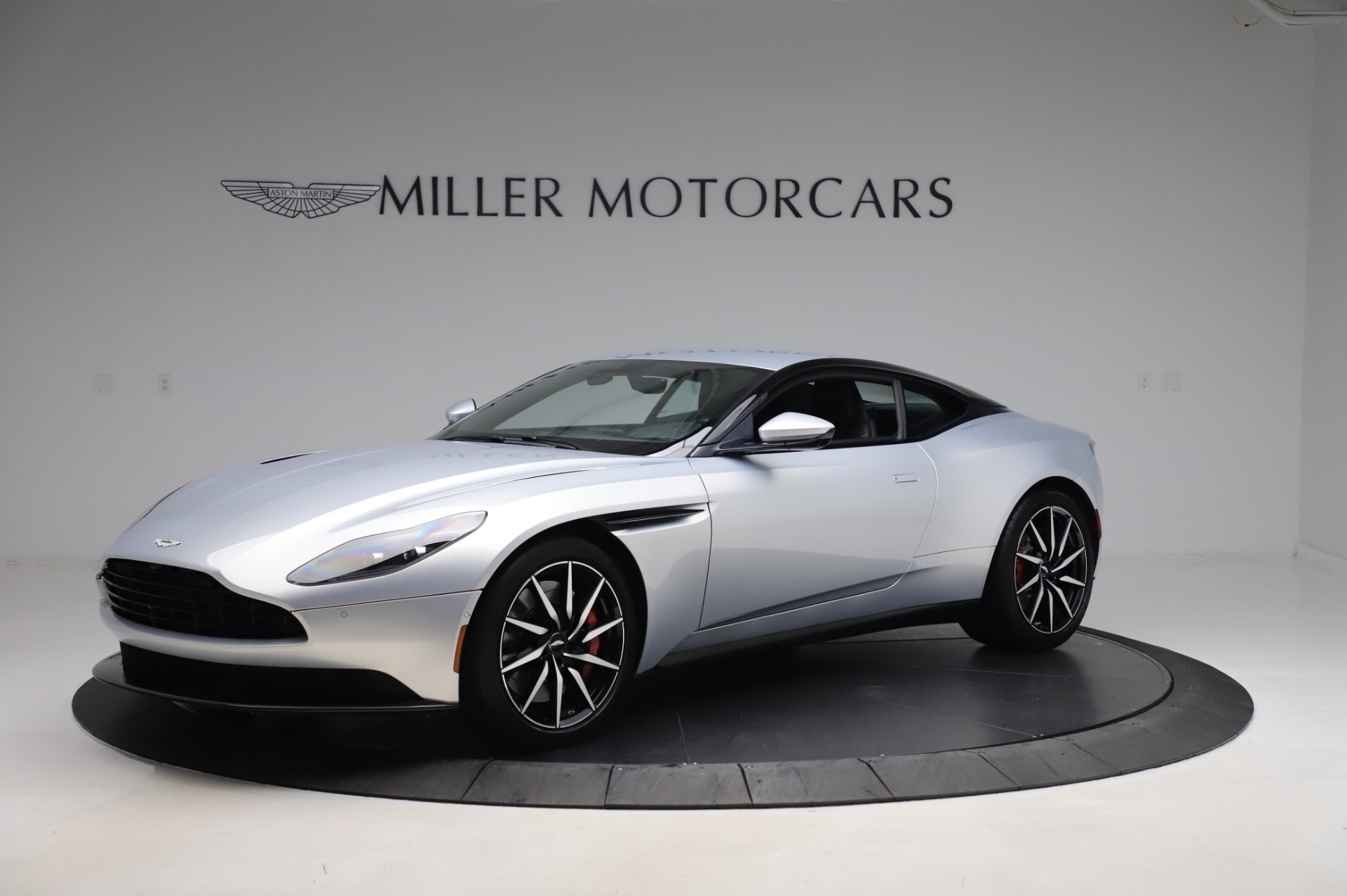 Used 2018 Aston Martin DB11 V8 Coupe for sale Sold at Alfa Romeo of Westport in Westport CT 06880 1