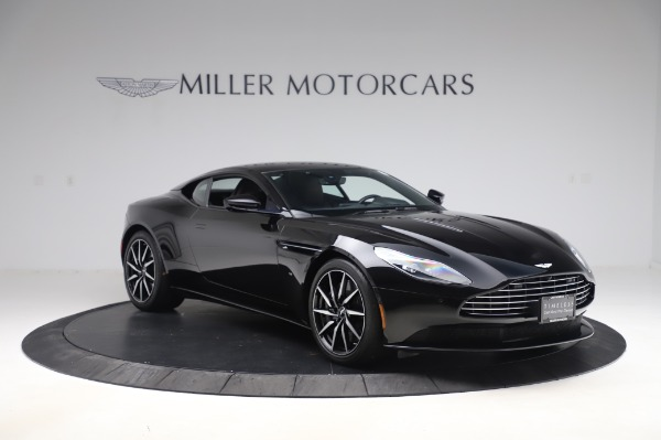 Used 2017 Aston Martin DB11 V12 Coupe for sale $149,900 at Alfa Romeo of Westport in Westport CT 06880 10