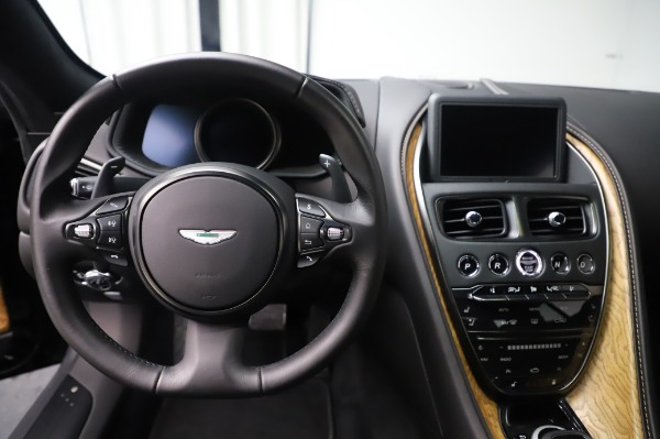 Used 2017 Aston Martin DB11 V12 Coupe for sale $149,900 at Alfa Romeo of Westport in Westport CT 06880 19