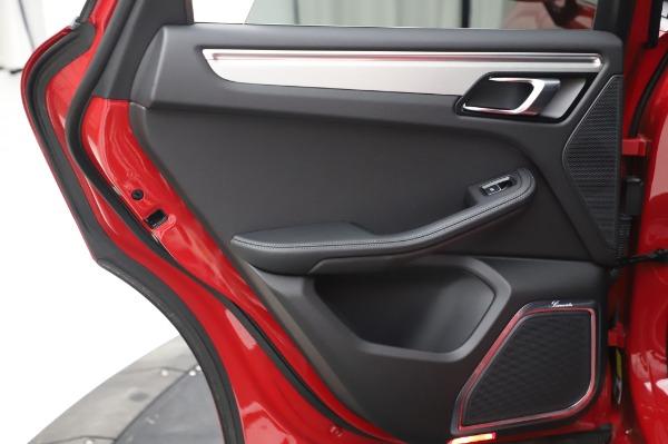Used 2017 Porsche Macan GTS for sale $57,900 at Alfa Romeo of Westport in Westport CT 06880 25