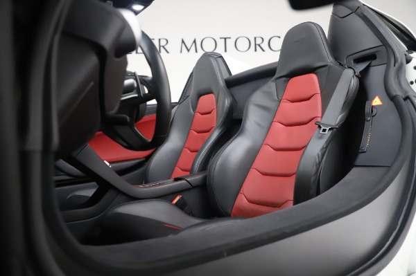 Used 2016 McLaren 650S Spider for sale Sold at Alfa Romeo of Westport in Westport CT 06880 25