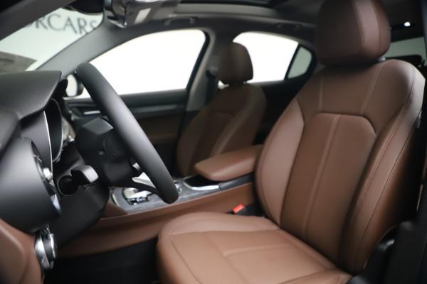 New 2020 Alfa Romeo Stelvio Q4 for sale $49,045 at Alfa Romeo of Westport in Westport CT 06880 14