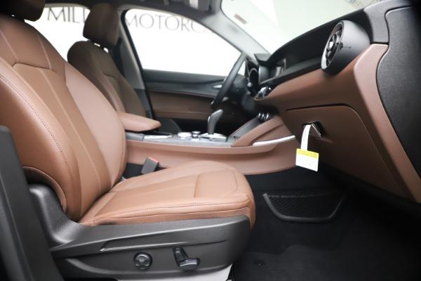 New 2020 Alfa Romeo Stelvio Q4 for sale $49,045 at Alfa Romeo of Westport in Westport CT 06880 22
