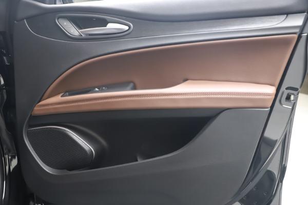 New 2020 Alfa Romeo Stelvio Q4 for sale $49,045 at Alfa Romeo of Westport in Westport CT 06880 24