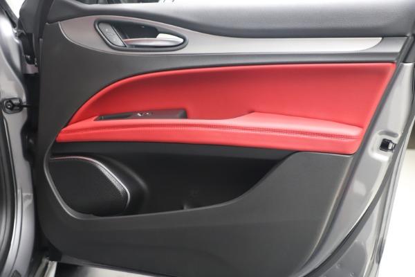 New 2020 Alfa Romeo Stelvio Ti Sport Q4 for sale $53,545 at Alfa Romeo of Westport in Westport CT 06880 25