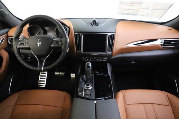 New 2020 Maserati Levante Q4 GranSport for sale $86,685 at Alfa Romeo of Westport in Westport CT 06880 16