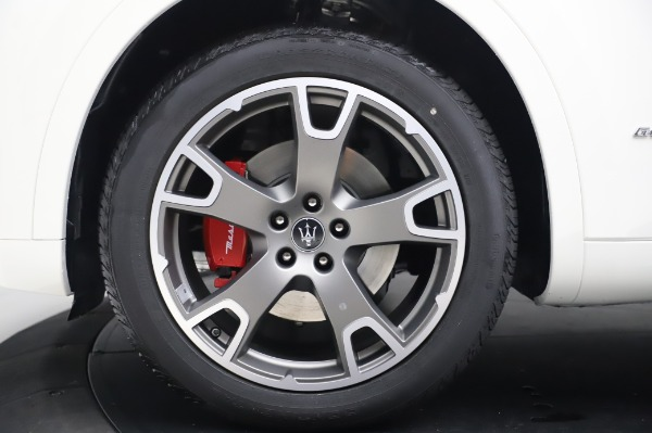 New 2020 Maserati Levante Q4 GranLusso for sale $87,449 at Alfa Romeo of Westport in Westport CT 06880 13