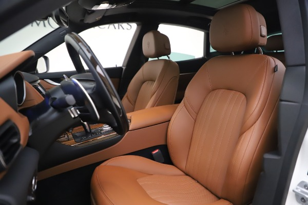 New 2020 Maserati Levante Q4 GranLusso for sale $87,449 at Alfa Romeo of Westport in Westport CT 06880 14