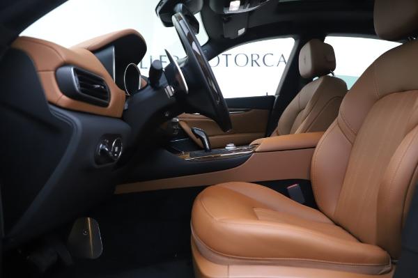 New 2020 Maserati Levante Q4 GranLusso for sale $87,449 at Alfa Romeo of Westport in Westport CT 06880 15
