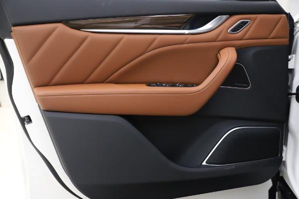 New 2020 Maserati Levante Q4 GranLusso for sale $87,449 at Alfa Romeo of Westport in Westport CT 06880 17