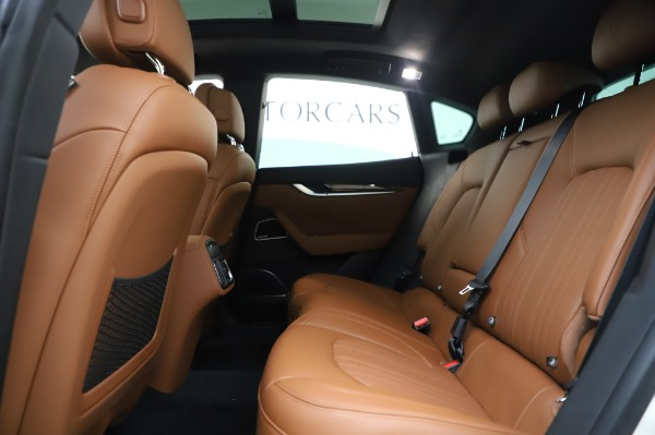 New 2020 Maserati Levante Q4 GranLusso for sale $87,449 at Alfa Romeo of Westport in Westport CT 06880 20