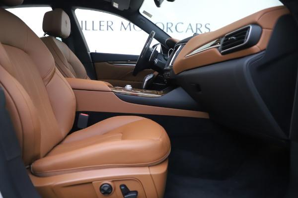 New 2020 Maserati Levante Q4 GranLusso for sale $87,449 at Alfa Romeo of Westport in Westport CT 06880 24