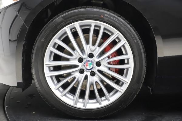 New 2020 Alfa Romeo Giulia Ti Lusso Q4 for sale $46,195 at Alfa Romeo of Westport in Westport CT 06880 14