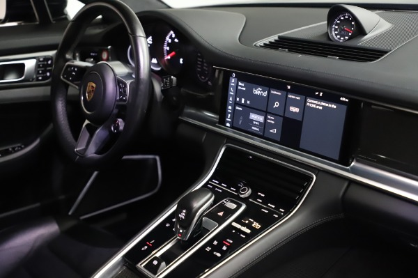 Used 2017 Porsche Panamera Turbo for sale $95,900 at Alfa Romeo of Westport in Westport CT 06880 25