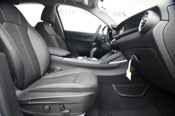 New 2020 Alfa Romeo Stelvio Q4 for sale $49,795 at Alfa Romeo of Westport in Westport CT 06880 23