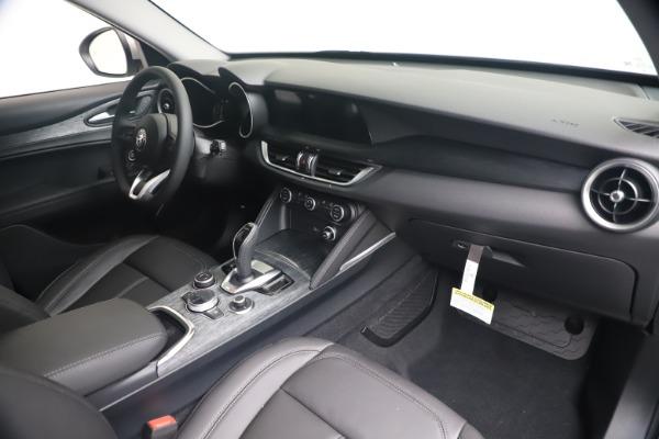 New 2020 Alfa Romeo Stelvio Q4 for sale $49,795 at Alfa Romeo of Westport in Westport CT 06880 24
