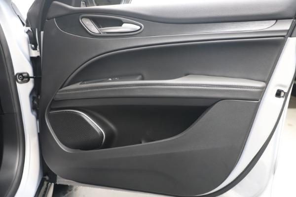 New 2020 Alfa Romeo Stelvio Q4 for sale $49,795 at Alfa Romeo of Westport in Westport CT 06880 25