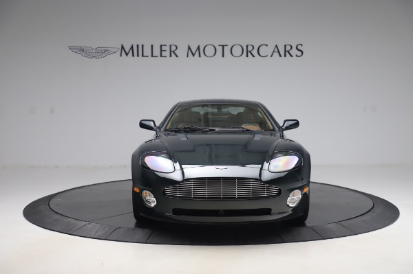 Used 2003 Aston Martin V12 Vanquish Coupe for sale $79,900 at Alfa Romeo of Westport in Westport CT 06880 12