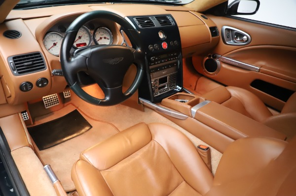 Used 2003 Aston Martin V12 Vanquish Coupe for sale $79,900 at Alfa Romeo of Westport in Westport CT 06880 13