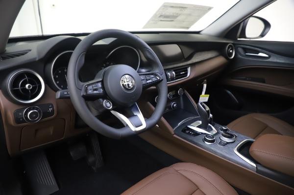 New 2020 Alfa Romeo Stelvio Q4 for sale Sold at Alfa Romeo of Westport in Westport CT 06880 17