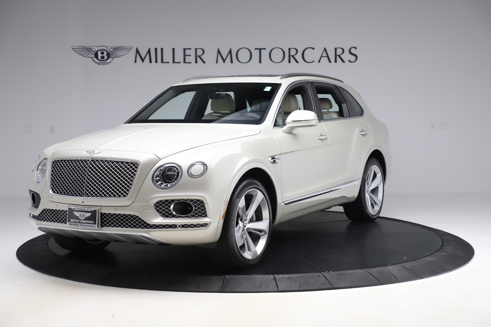 Used 2018 Bentley Bentayga Onyx Edition for sale Call for price at Alfa Romeo of Westport in Westport CT 06880 1