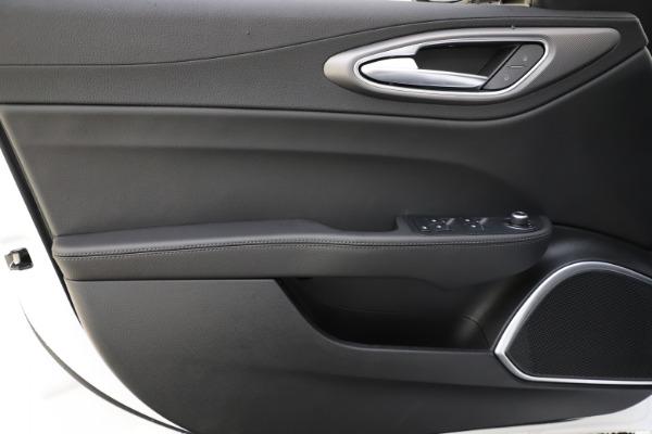 New 2020 Alfa Romeo Giulia Sport Q4 for sale $45,345 at Alfa Romeo of Westport in Westport CT 06880 17