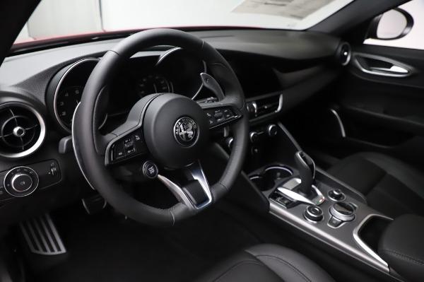 New 2020 Alfa Romeo Giulia Sport Q4 for sale $48,895 at Alfa Romeo of Westport in Westport CT 06880 15