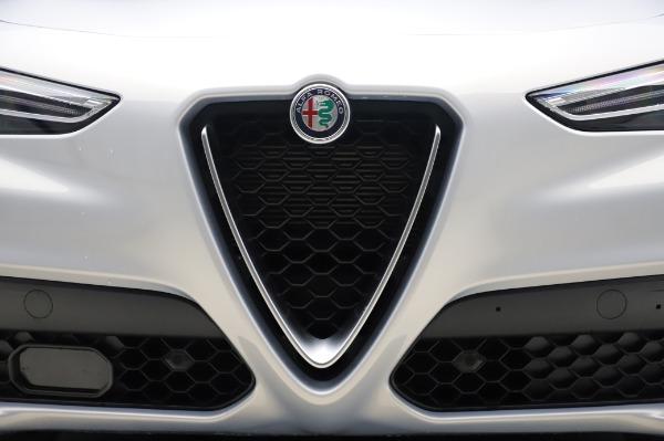 New 2020 Alfa Romeo Stelvio Ti Lusso Q4 for sale Sold at Alfa Romeo of Westport in Westport CT 06880 13