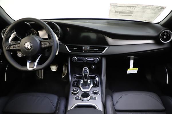 New 2020 Alfa Romeo Giulia Ti Sport Q4 for sale $47,995 at Alfa Romeo of Westport in Westport CT 06880 17
