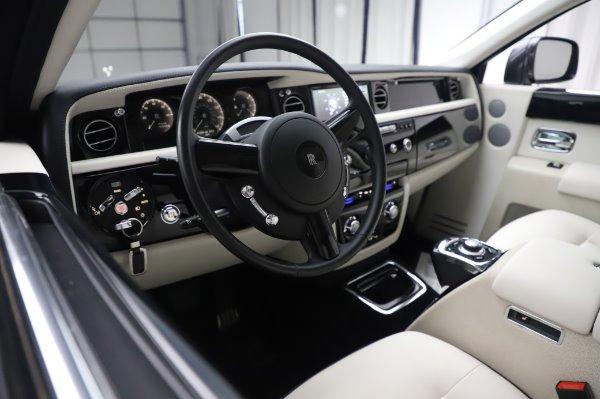 Used 2014 Rolls-Royce Phantom for sale $219,900 at Alfa Romeo of Westport in Westport CT 06880 18