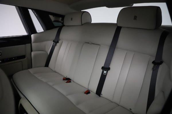 Used 2014 Rolls-Royce Phantom for sale $219,900 at Alfa Romeo of Westport in Westport CT 06880 21