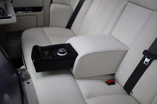Used 2014 Rolls-Royce Phantom for sale $219,900 at Alfa Romeo of Westport in Westport CT 06880 26