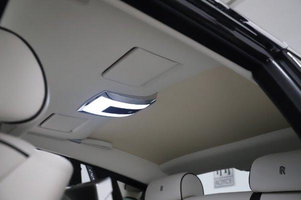 Used 2014 Rolls-Royce Phantom for sale $219,900 at Alfa Romeo of Westport in Westport CT 06880 27