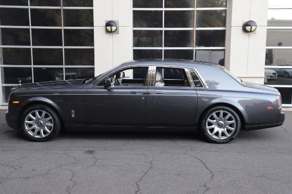 Used 2014 Rolls-Royce Phantom for sale $219,900 at Alfa Romeo of Westport in Westport CT 06880 8